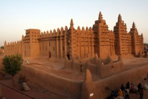 The largest Mud structure Djeanna Mosque in Mali